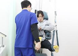 坂戸市めがね接骨院:腰痛専門治療器プロテック