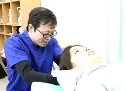 坂戸市 若葉駅 めがね接骨院:治療写真